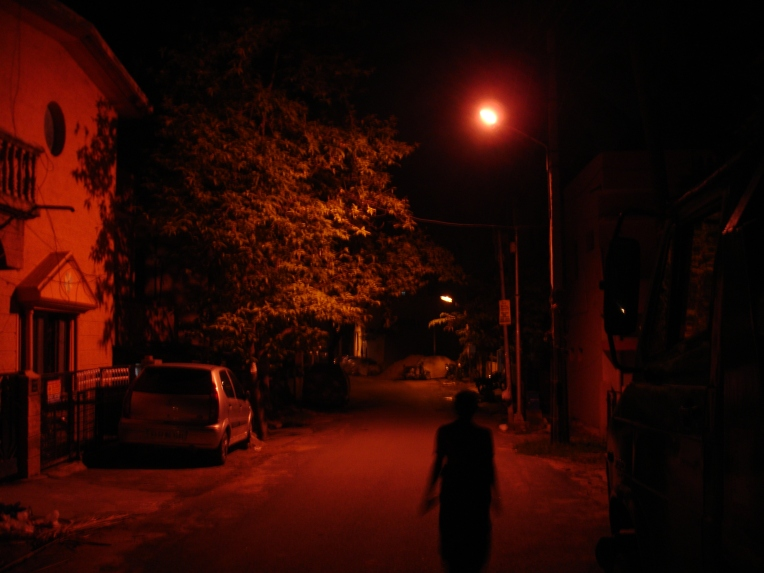Silent Orange streets under a Sodium Vapour Lamp