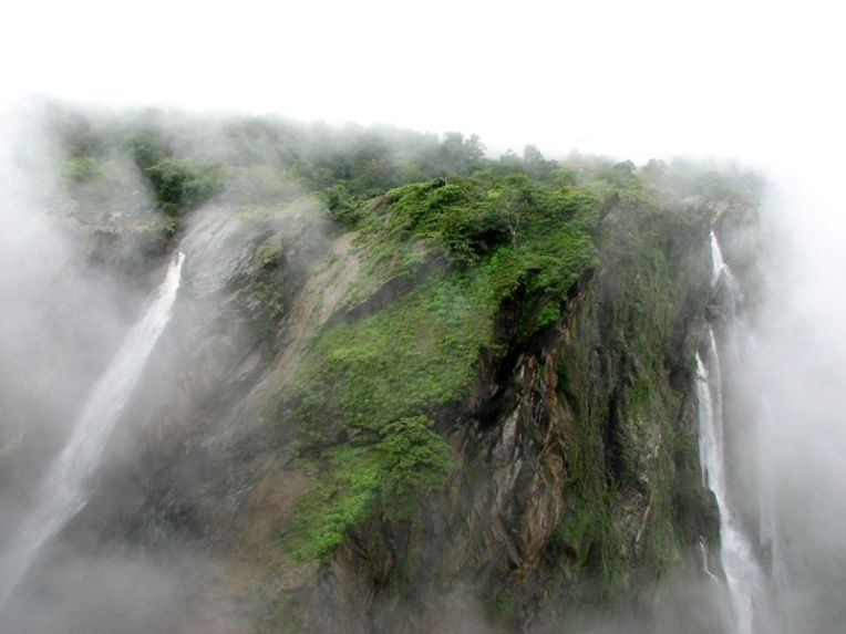 Jog falls-view from the british banglow