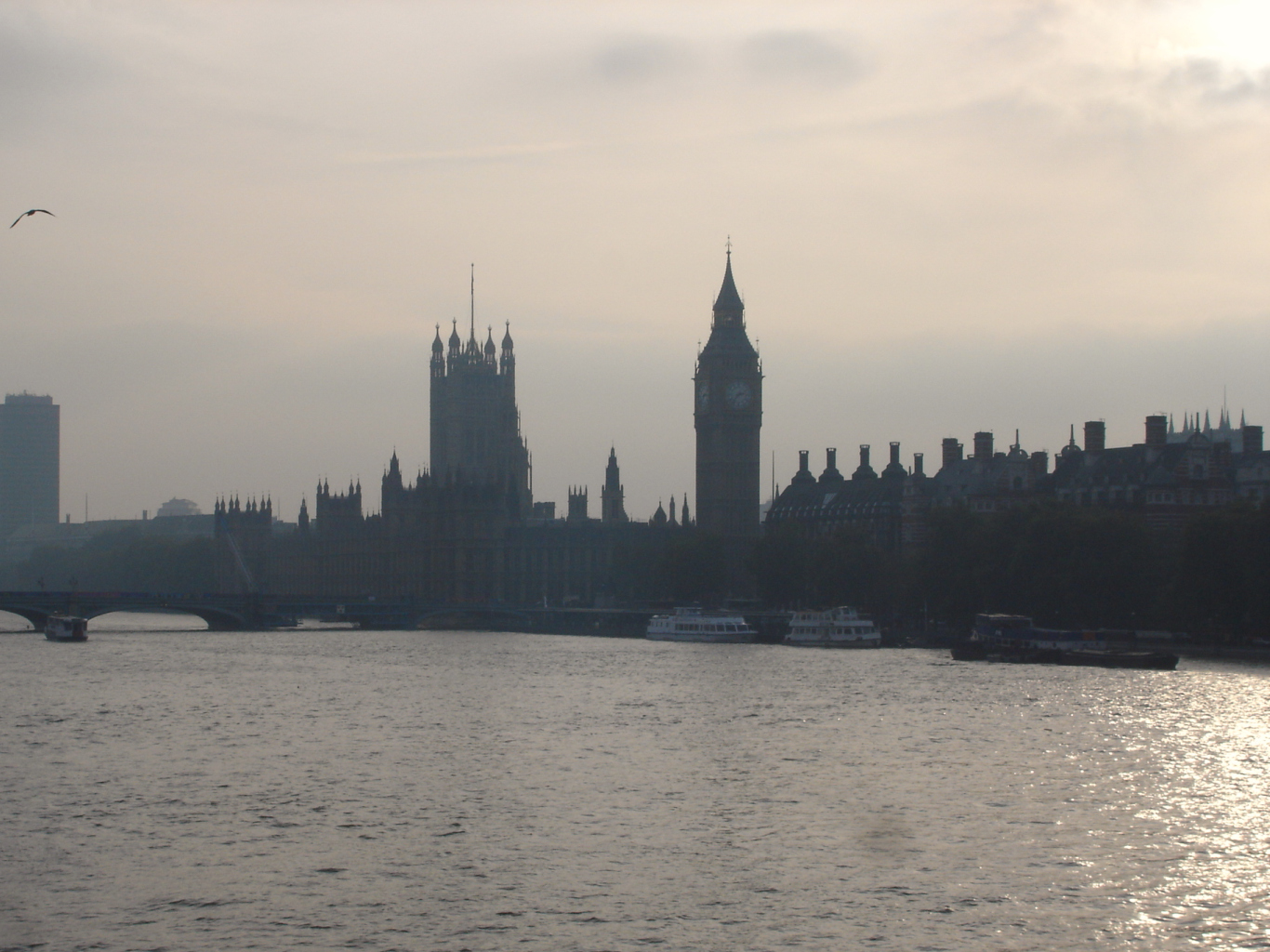 The London Skyline Stands Slhouetted With Big Ben Prominently Visible I Was Waiting For Sun To Come Out From Behind Clouds Get A Direct