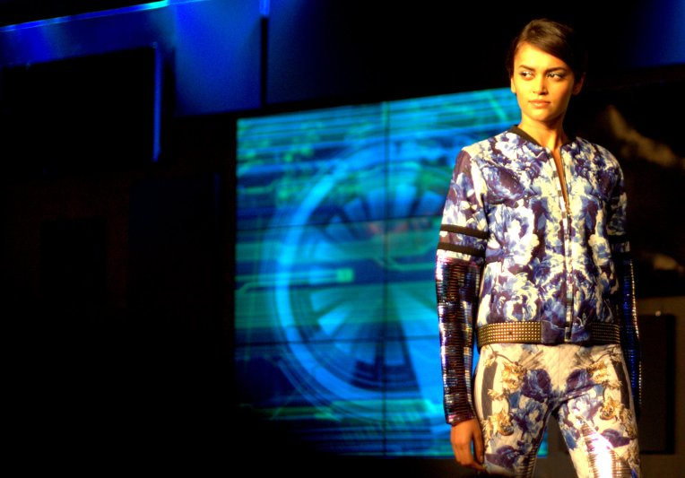 Blenders Fashion Week falguni and shane peacock